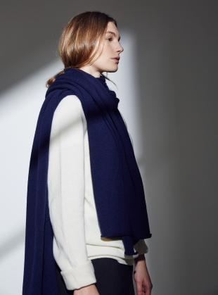 The Mowbray Oversized Smooth Cashmere Scarf in Moonlight by Lou Dungate