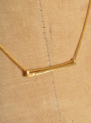 Young British Designers: DIAMOND LINE PENDANT - Last one by Mei-Li Rose