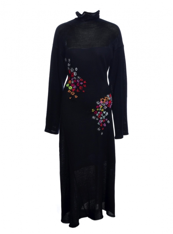 Young British Designers: ETHICAL: PINCH DRESS in Black by Alice Lee