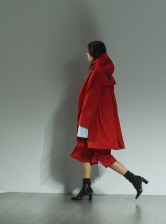 TOMPKINS Trenchcoat in Red