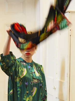 Young British Designers: GIANT SCARF in Lucid Print by Klements