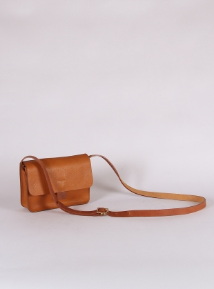 Young British Designers: TAB BAG in Faggio by Kate Sheridan