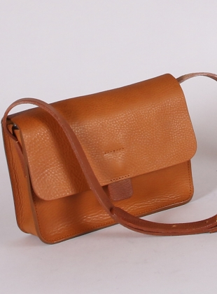 Young British Designers: TAB BAG in Faggio - Last one by Kate Sheridan
