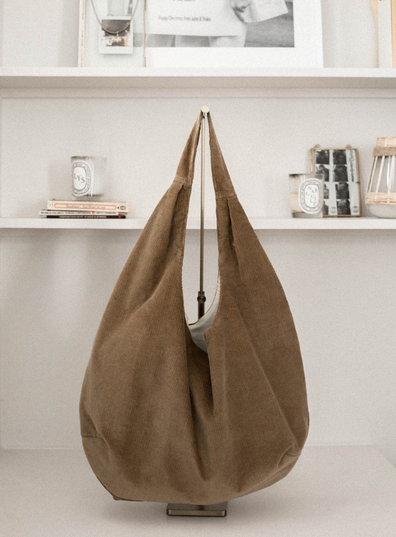 Young British Designers: DYLAN BAG in Dust by Zephyr