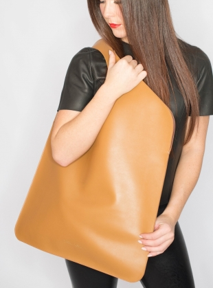Caramel/Merlot Bag. Large - Sold out by Russell Russell