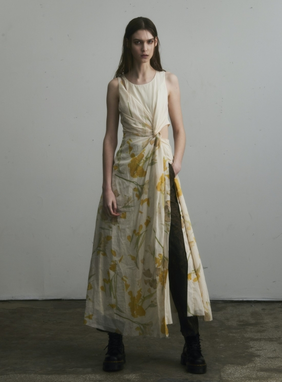 Young British Designers: TWISTED SLEEVELESS DRESS with Flowers by WEN PAN