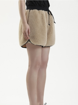 Young British Designers: WINTER WOOL SHORTS. Camel by Renli Su