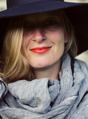 Young British Designers: Linen Softened Wraparound Scarf in Black'ish - Sold out by Lemuel MC