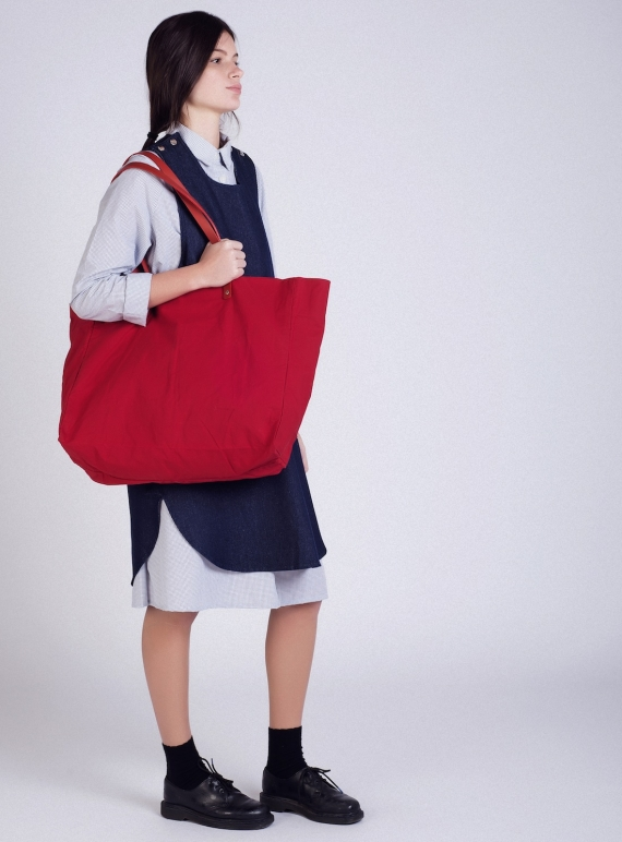 GIGA Gigantic Red Tote by GIGA Gigantic Red Tote