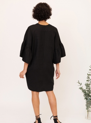 Young British Designers: BEE Linen Dress in Black - last one by Beaumont Organic
