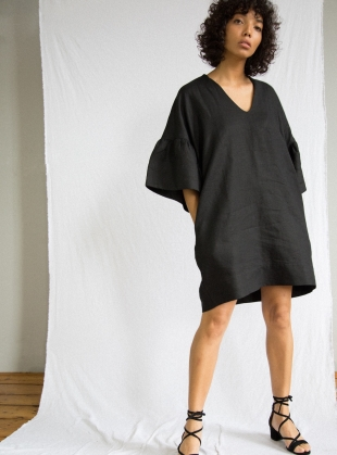 BEE Linen Dress in Black - last one by Beaumont Organic