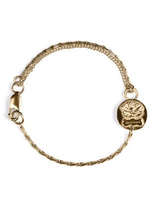 Young British Designers: Gold Reversible Lioness Bracelet by Mikaela Lyons