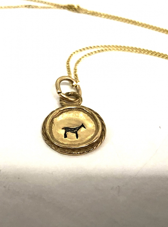 Young British Designers: BAU ANIMAL NECKLACE in Recycled 9K Gold - Last one by BOODI Jewellery