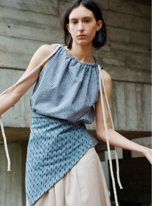 TIE SHOULDER TOP IN GREY STRIPE ORGANIC COTTON by Paola Rodriguez
