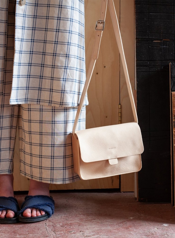 Young British Designers: TAB BAG with Pockets. Nude by Kate Sheridan