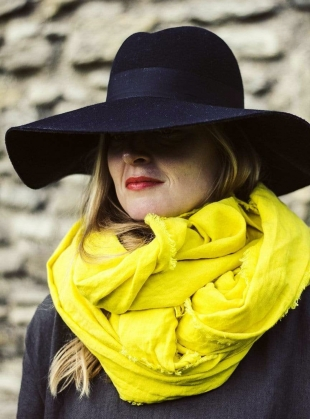 BIG LINEN WRAP SCARF. Yellow by Lemuel MC