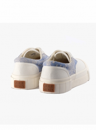 Young British Designers: OPAL PAISLEY LOW TOPS. White/Blue by Good News