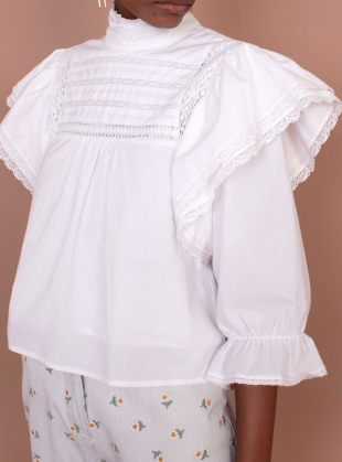BELLFLOWER TOP. White by Meadows