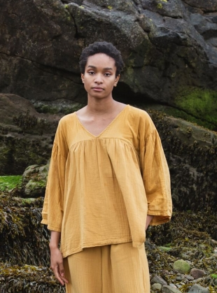 Young British Designers: CARLOTTE ORGANIC COTTON TOP. Sun by Beaumont Organic